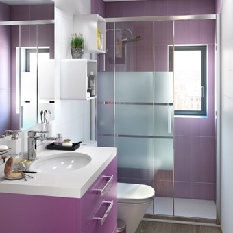 Color intenso en un espacio peque o for Como renovar un bano