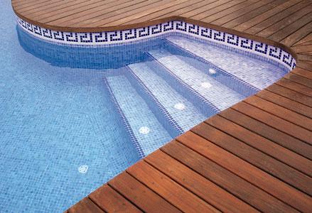 Especial cer mica un material para el exterior leroy merlin for Dibujos para piscinas en gresite