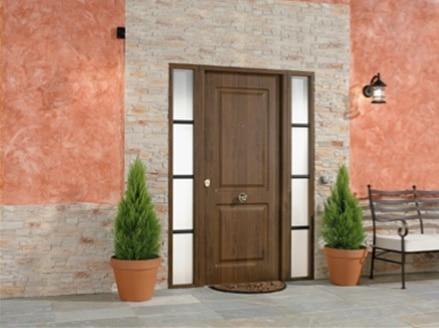 Puertas de entrada pisos y unifamiliares leroy merlin for Puerta entrada casa