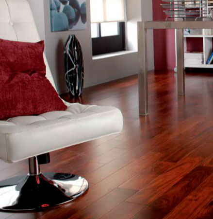De madera y laminados especial suelos leroy merlin for Suelos laminados precios