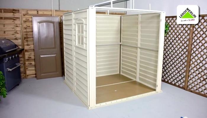 C mo montar una caseta de jard n de resina leroy merlin for Casetas de resina para exterior