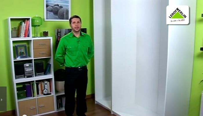 Vestir un armario empotrado espacios grandes excellent - Vestir armarios por dentro ...