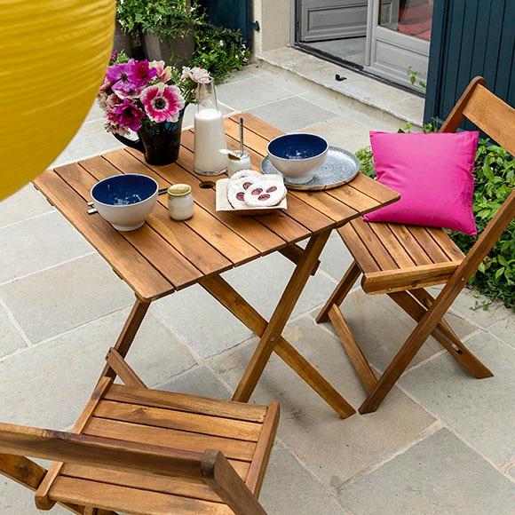 Set de madera de acacia porto ref 17198055 leroy merlin for Mesa y sillas para balcon