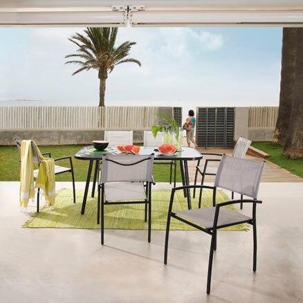 Conjuntos de mesas y sillas leroy merlin for Conjuntos de jardin ikea