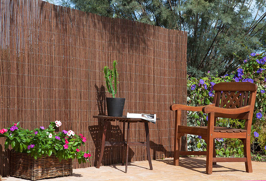 Cesped artificial barato bricodepot fabulous postes de for Casetas de madera brico depot