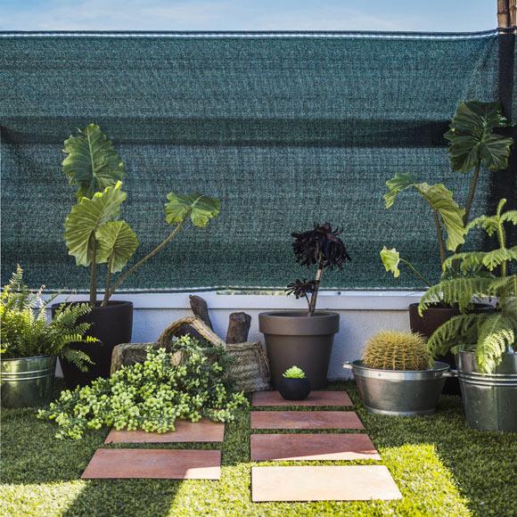 Malla de ocultaci n rafia verde leroy merlin - Ocultacion para jardin ...