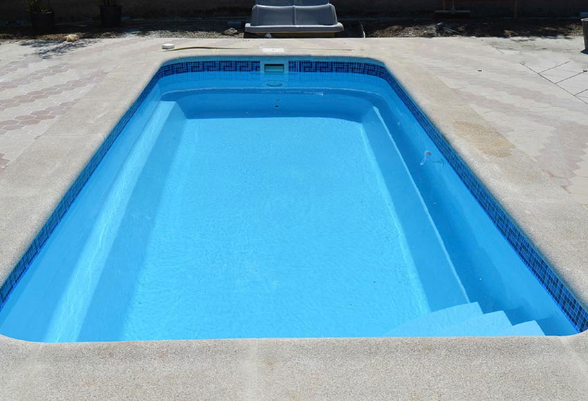 Piscina de poli ster qp mogan ref 19647306 for Ver piscinas de obra