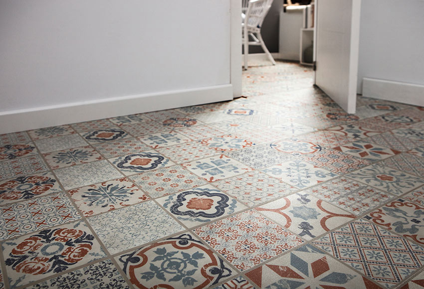 Loseta clic 31 x 60 cm line starfloor retro orange blue for Suelos leroy merlin