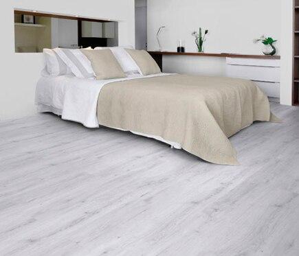 lama clic 18 x 105 cm gerflor senso lock plus sunny white ref 17847004 leroy merlin. Black Bedroom Furniture Sets. Home Design Ideas