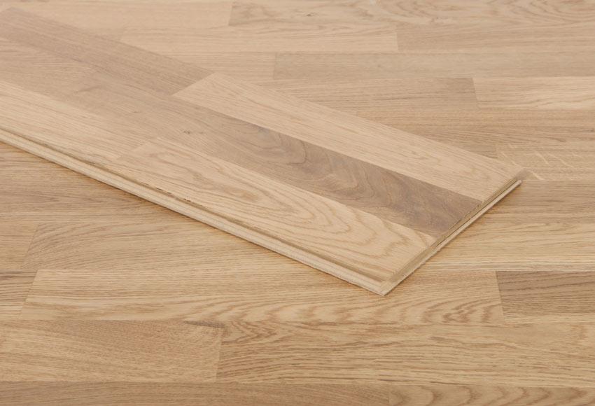 Suelo de madera aero roble ref 14988022 leroy merlin for Suelo gres leroy merlin