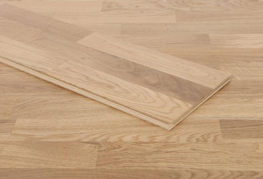 Suelo de madera roble satinado ref 81876876 leroy merlin for Laminas de madera leroy merlin