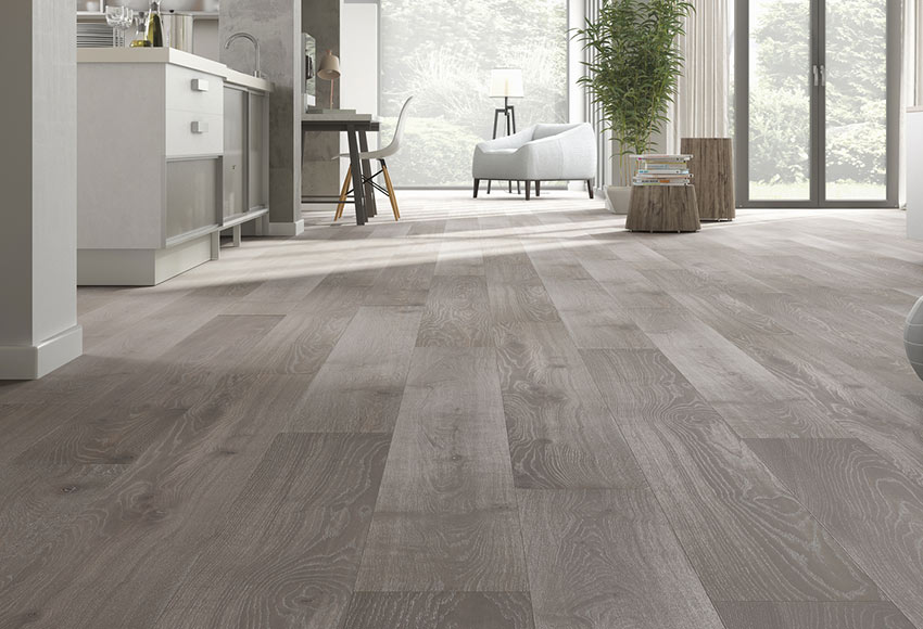 Suelo de madera excellence 145 roble gris claro ref 81876880 leroy merlin - Suelos imitacion parquet ...