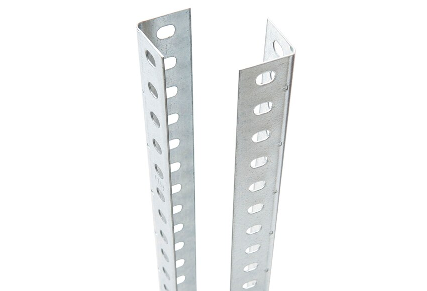 Perfil ngulo ranurado 35 mm ref 15377572 leroy merlin for Perfiles de estanterias metalicas