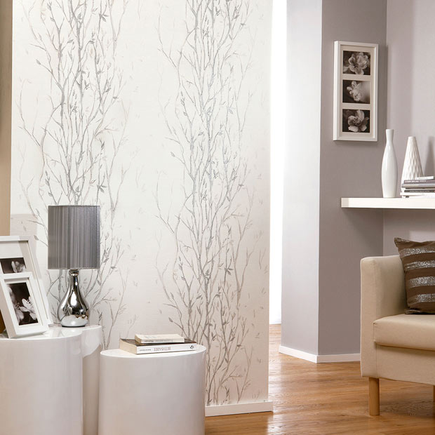 Papel pintadoen gris plata imagui for Frisos para pared