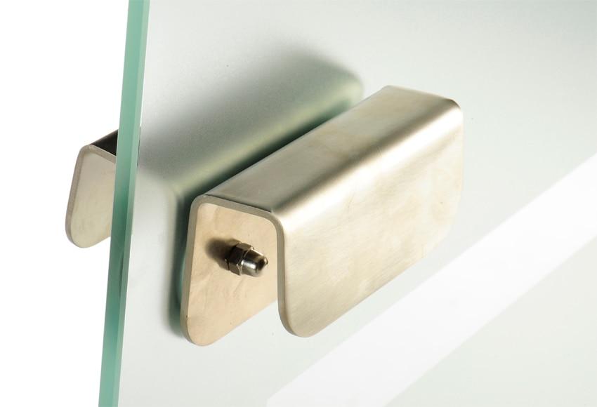 Puerta de cristal abatible puerta cristal abatible dakota for Puertas abatibles leroy merlin