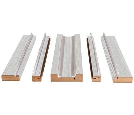 Kit de molduras corred blanco veta 105 ref 17990651 for Molduras madera leroy merlin