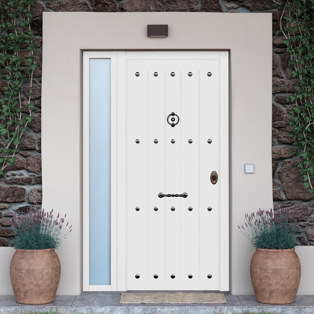 Puerta de entrada acorazada rustica blanca ref 19216344 for Puertas leroy merlin