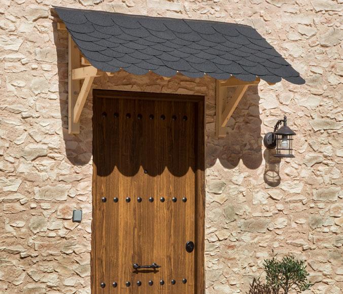 Marquesina tejado peque a 147 x 86 x 80 cm ref 11453785 for Puertas rusticas exterior leroy merlin