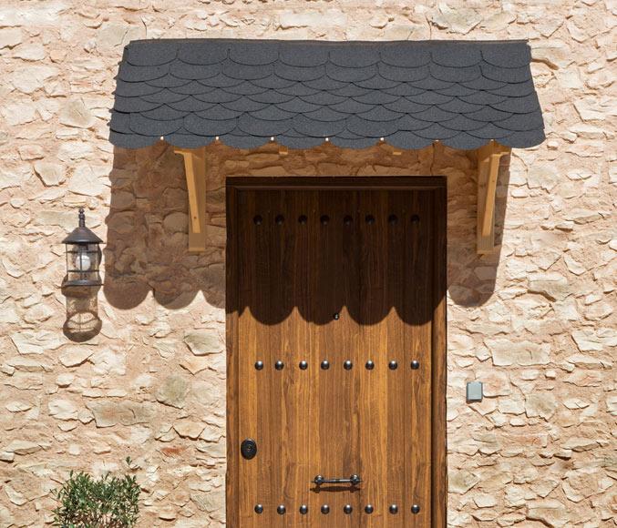 Marquesinas puertas de entrada finest puerta peatonal for Marquesinas para puertas