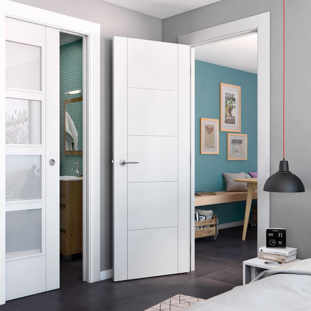 Puerta de interior hueca hungria blanca ref 15959216 for Puertas leroy merlin