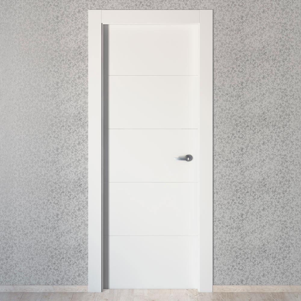Puerta de interior maciza artens lucerna plus blanca ref for Puertas leroy merlin
