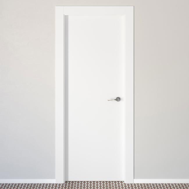 Puerta de interior lyon blanca ref 14406133 leroy merlin for Puertas de interior blancas precios