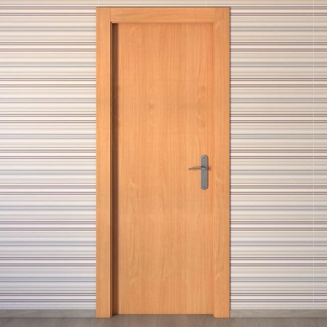 Puerta de interior mallorca haya ref 15720831 leroy merlin for Puertas de aluminio leroy merlin
