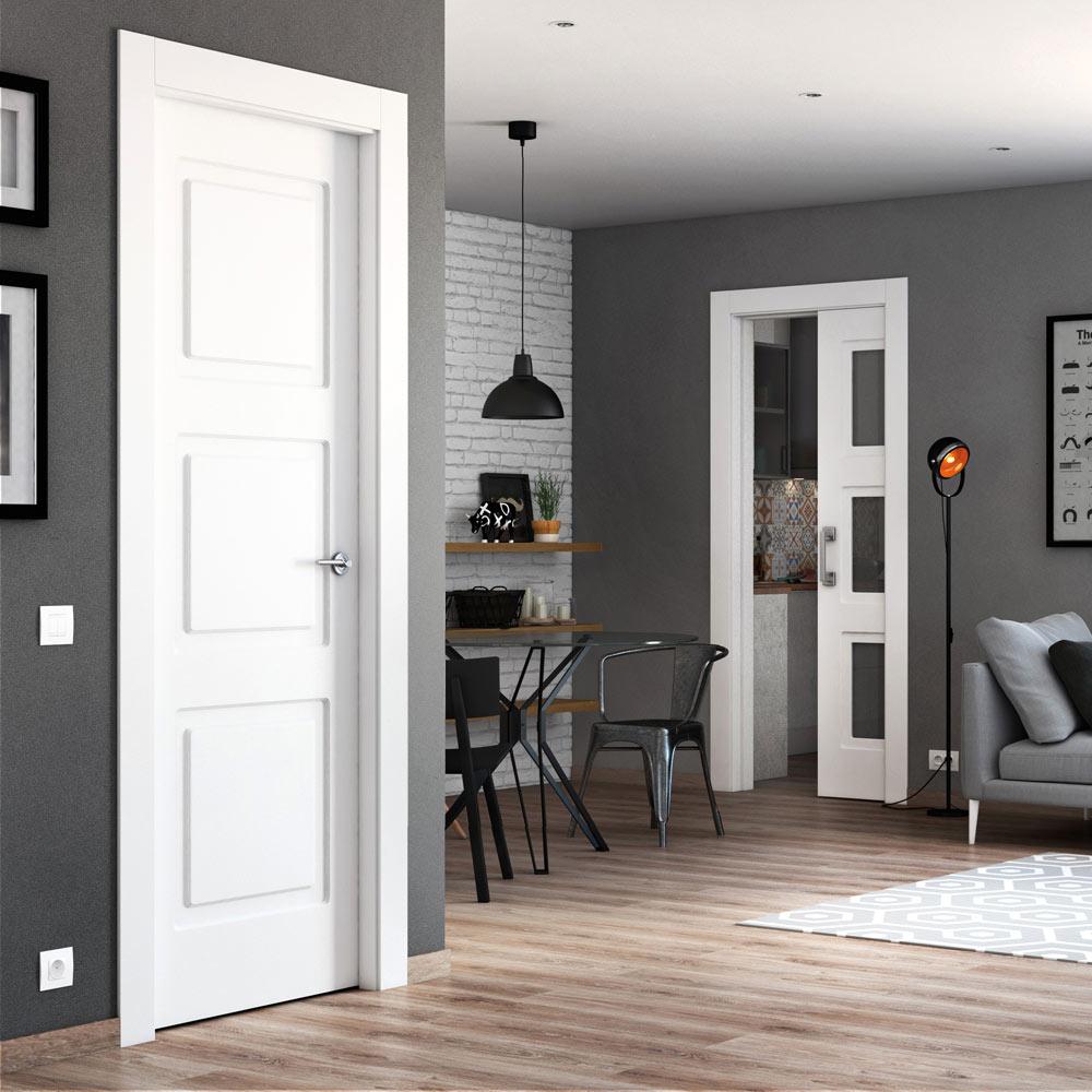 Puerta de interior maciza artens monaco blanca ref for Puertas de madera interiores baratas