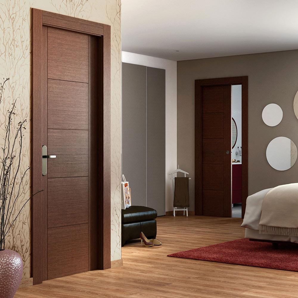 Puerta de interior maciza noruega wengue ref 16779763 for Puertas en madera para interiores