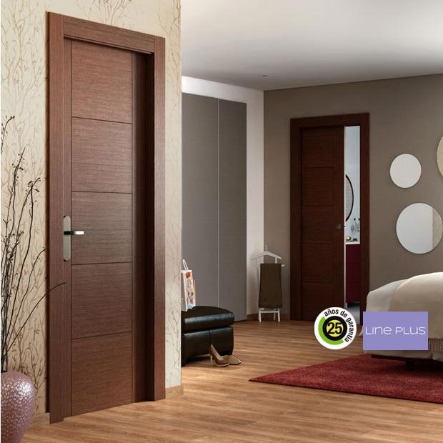 Puertas de interior de madera leroy merlin for Modelo de puertas para habitaciones modernas