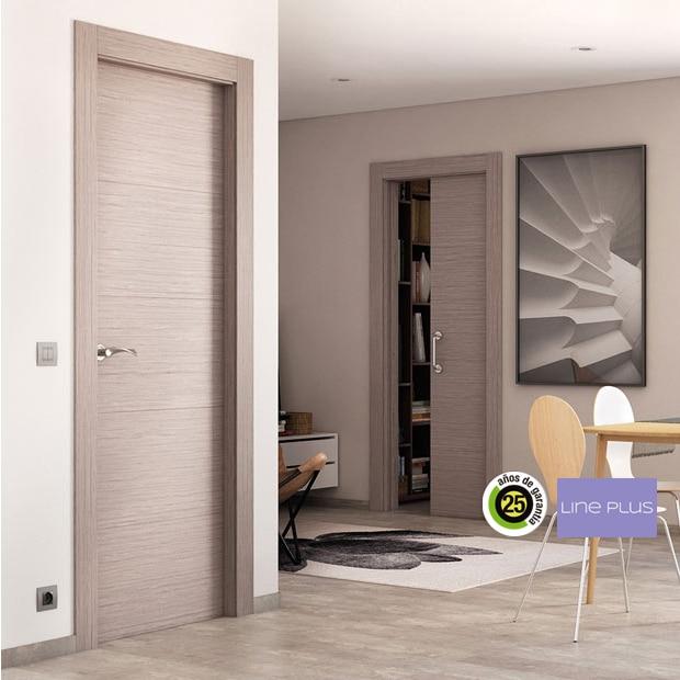 Puertas de interior de madera leroy merlin for Puerta interior gris