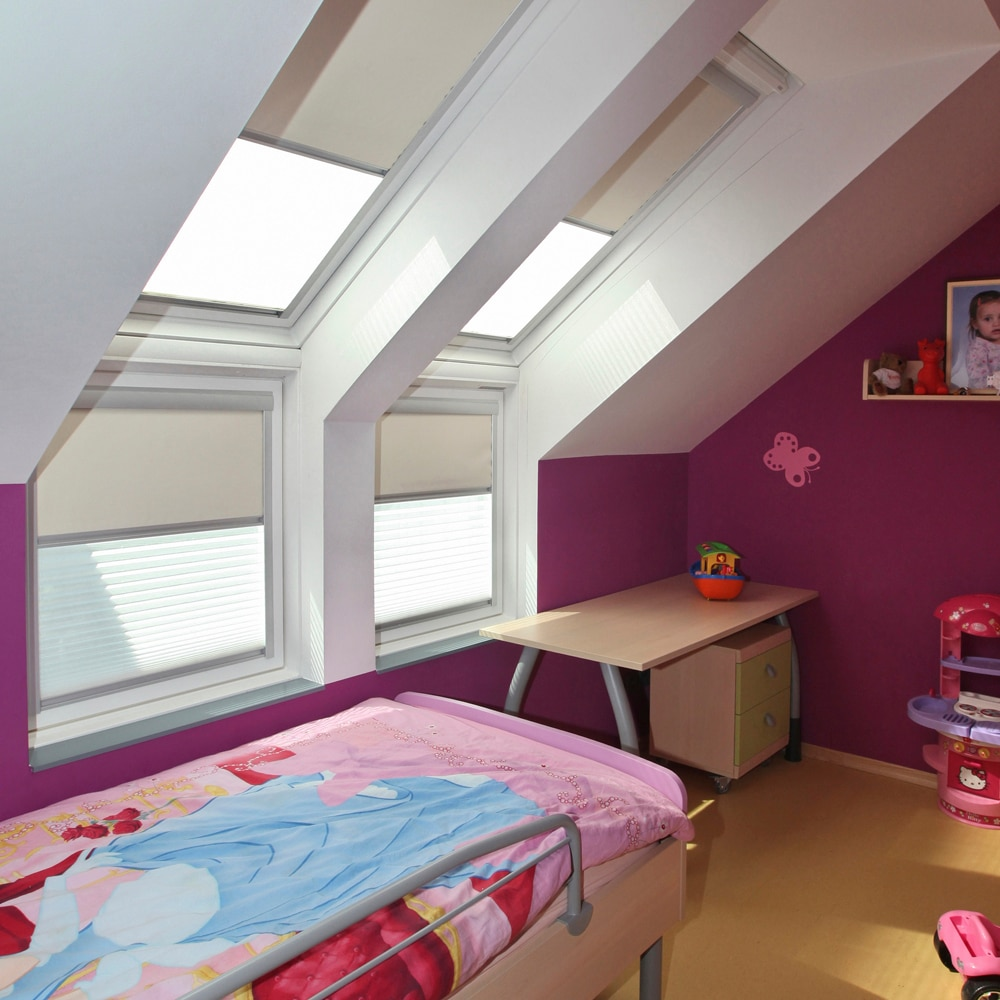 velux leroy merlin latest stores pas chers velux vnitien bateau comparer les prix with store. Black Bedroom Furniture Sets. Home Design Ideas