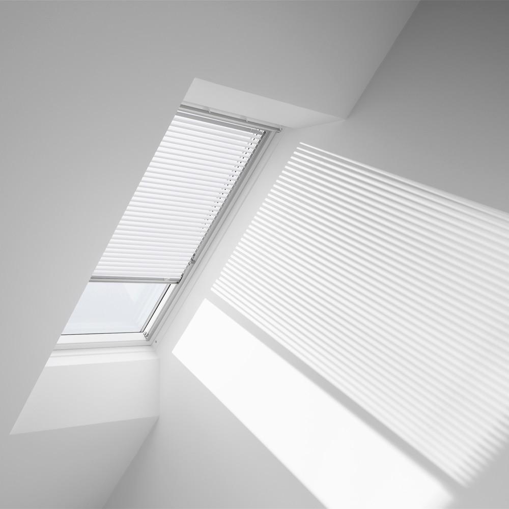 Cortina ventana de techo velux manual blanca pal 7001 for Pladur leroy merlin techo