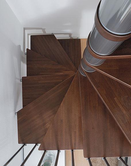 Escalera de caracol cube ref 13928033 leroy merlin for Escaleras interior leroy merlin