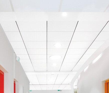 Una placa de techo ac stico eurocoustic minerval e ref for Placas decorativas para techos