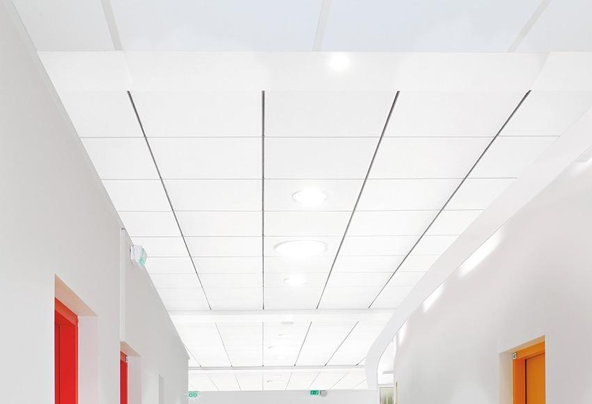 Una placa de techo ac stico eurocoustic minerval e ref - Placas de techo desmontable ...