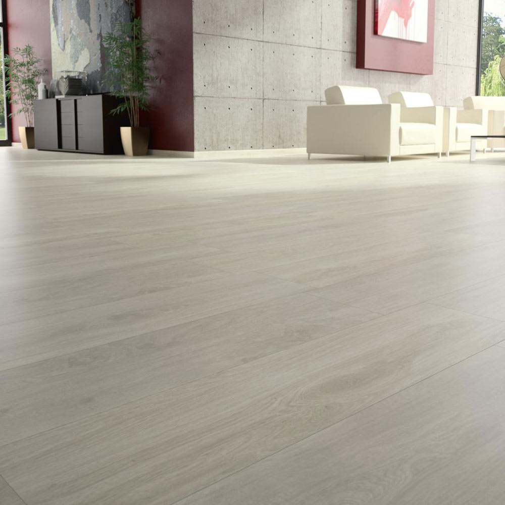 Pavimento 23 3x68 fresno antis serie enzo ref 17371963 for Suelos de ceramica imitacion madera