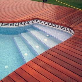 Cenefas y decoraciones cer micas leroy merlin for Cenefas para piscinas