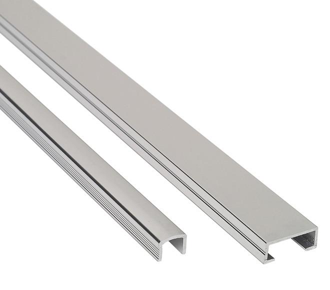 Listelo 1 x 250 cm plata brillo serie perfiles aluminio for Perfil u aluminio leroy merlin