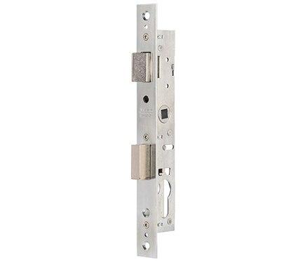 Cerradura para puerta de metal tesa 2200 inoxidable ref for Cerraduras tesa leroy merlin