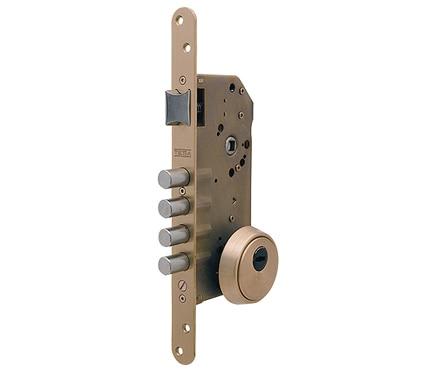 Cerradura para puerta de madera tesa r200b latonado ref 15778455 leroy merlin - Cerradura de puerta de madera ...