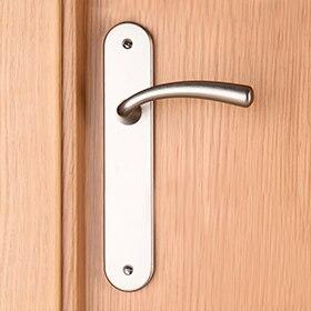 Arreglar manilla puerta aluminio amazing cambiar cremona for Leroy merlin cremona