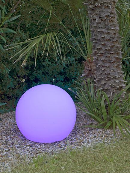 Bola decorativa newgarden buly 30 solar ref 18651241 - Iluminacion decorativa exterior ...