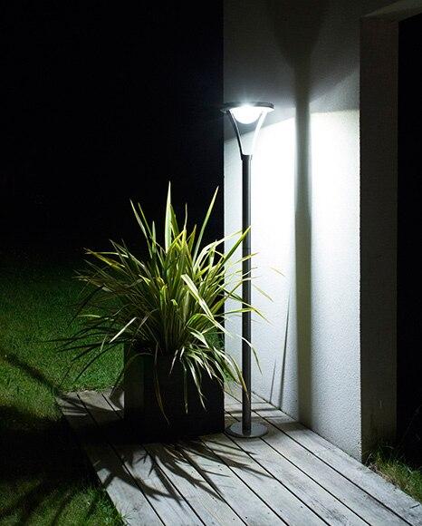 Farola solar xanlite solar 400 ref 16474815 leroy merlin - Figuras jardin leroy merlin ...
