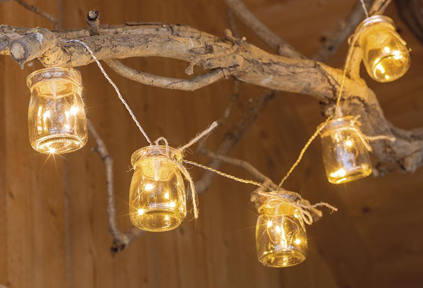 Decora con luces los rboles de tu jard n comunidad - Luces solares leroy merlin ...