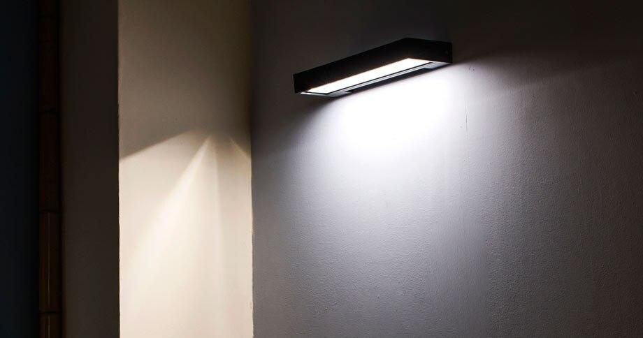 Lampara de pared leroy merlin trendy elegant lamparas de pared leroy merlin with lampara de - Apliques para escaleras ...