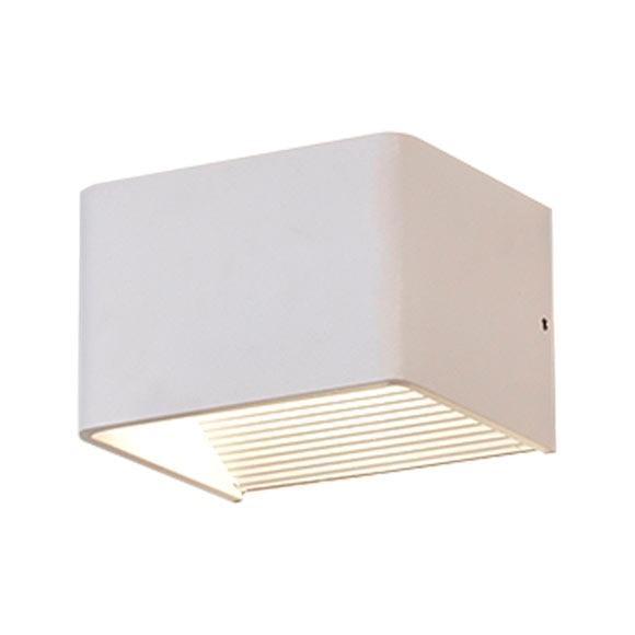 Aplique 3 luz blanco blanco ref 17649660 leroy merlin for Apliques bano leroy merlin