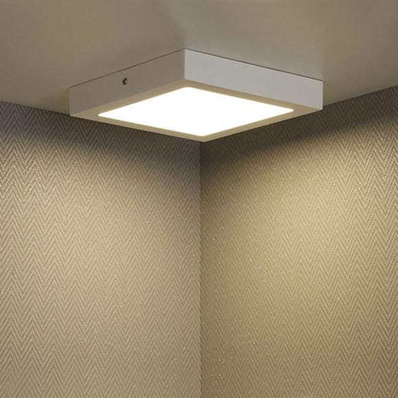 Foco de superficie downlight led ref 17544002 leroy merlin for Focos led exterior leroy merlin