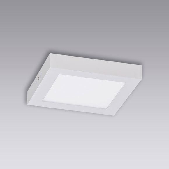 Plaf n 1 luz box led ref 17649492 leroy merlin for Profilo alluminio led leroy merlin