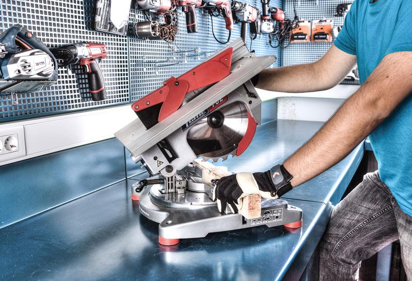 Ingletadora con mesa soporte stayer sc265 mesa t100 for Sierra de mesa leroy merlin